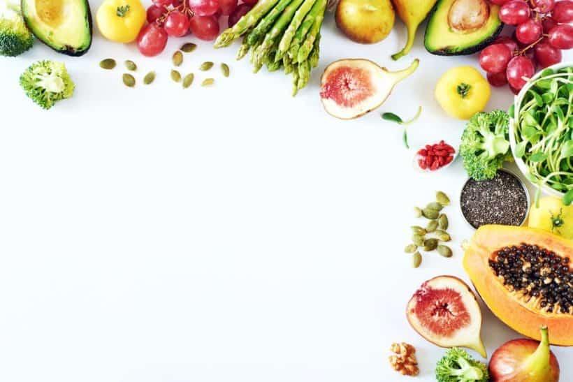 vegan werden und vollwertige Nahrungsmittel bevorzugen.